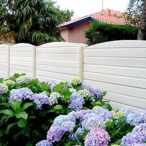 Large de gamme de clôtures béton, clôtures de jardin.