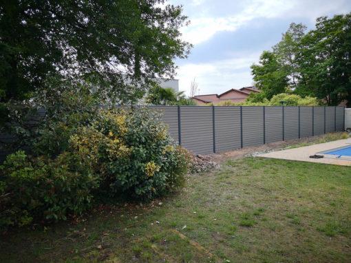 clôture en composite Coloris Gris Anthracite OCEWOOD